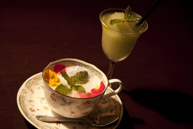 Frozen Mojito with Flower Esupuma<br>フローズン・モヒート・ウィズ・フラワー・エスプーマ