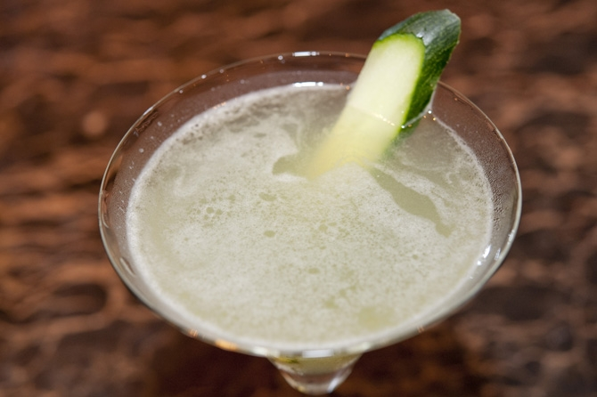 Wasabi and Cucamber Martini<br>わさびとキュウリのマティーニ