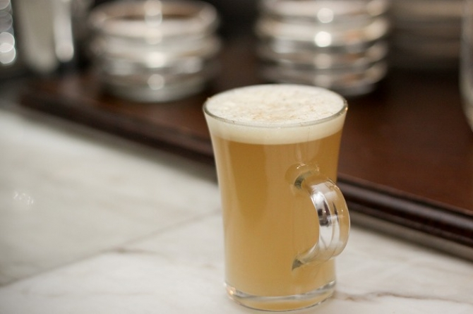 Hot Buttered Rum<br>ホット・バタード・ラム