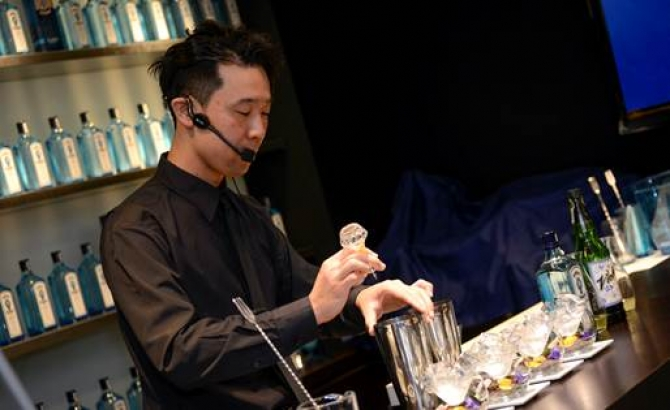 2015年 - World's Most Imaginative Bartender /Bombay Sapphire
